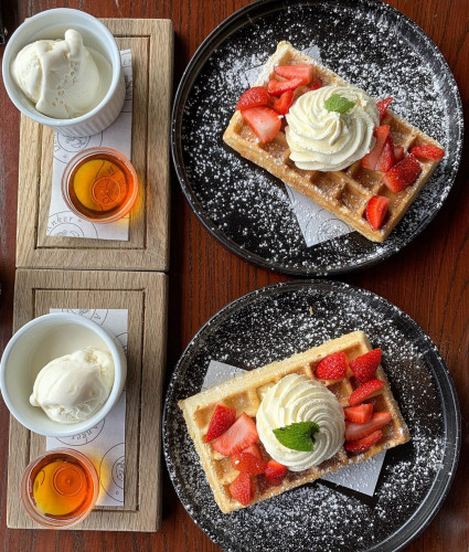R100 Waffle Special at Den Anker