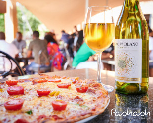 Saturday Special - Pizza & Wine
